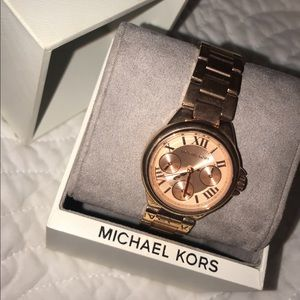 Authentic Michael kors watch!😍